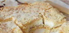 Křehké sypané tvarohovo–vanilkové řezy připravené už za 30 minut!