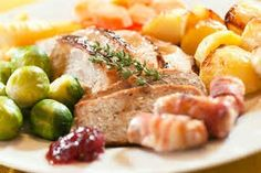 don't waste time and plan your Christmas party and enjoy our delicious Christmas​ dinner.....serves 6 people #onselz