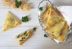 beurek arménien à ma façon (feta/persil) Empanadas, Spanakopita, Facon, Feta, Ethnic Recipes, Hot Appetizers, Recipe Of The World, Empanada