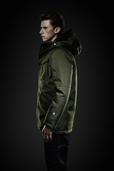 MFD hooded parka.  Heavy all-conditions parka with a water repellent Swat Nylon shell, utility pockets and a broad windproof placket