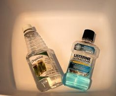 Does this listerine and vinegar foot soak actually work as well as it claims? Check out today's Pinspiration Friday blog post to find out!