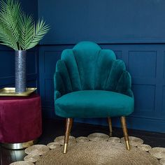 A Sienna teal velvet shell chair for a touch of Hollywood glam. With its beautiful shell back and soft teal velvet, it's certainly a statement piece. Teal Couch, Teal Chair, Classic Furniture, Unique Furniture, Furniture Chairs, Teal Furniture, Industrial Furniture, Office Furniture, Black And Copper Bedroom