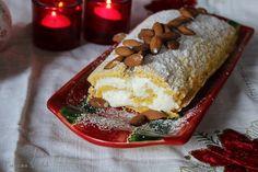 Seg saffransmaräng och fluffig vit chokladgrädde, kan det bli bättre? Jag är sjukt nöjd med resultatet och kan lova att den förgyller både adventsfikat och julbordet. Jag började fundera på den hä…