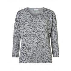 Maglia stampata, fantasia animalier in misto angora con ampio scollo.17LAD1319 grey