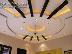 Aujourd'hui on va voir un idée de conception admirable de faux plafond suspendu pour salle de réception, un faux plafond qui se caractérise par son simple et doux design avec des couleurs homogènes...