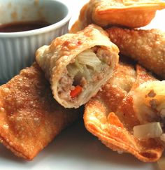 Discover what are Chinese Food Appetiser Egg Roll Recipes, My Recipes, Soup Recipes, Favorite Recipes, Super Egg, Appetizer Recipes, Appetizers, Cooking Chinese Food, Chicken Spring Rolls