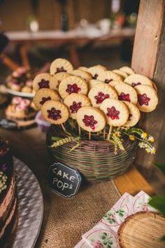 beautiful wedding at Cesky raj / via Originální Svatba On Your Wedding Day, Wedding Tips, 40th Birthday For Women, Sweet Bar, Coffee To Go, Buffet, Autumn Wedding, Simple Weddings, Celebrity Weddings