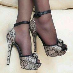 mustat naiset sukka housut kuvia