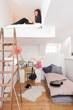 Youth room ideas: How to design a youth room - Kinderzimmer – Babyzimmer – Jugendzimmer gestalten - Kinderzimmer Ideen Cute Teen Rooms, Cute Girls Bedrooms, Awesome Bedrooms, Teenage Bedrooms, Small Teen Bedrooms, Cool Rooms For Teenagers, Small Teen Room, Tiny Bedrooms, Small Loft