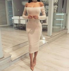 Image shared by RakaE. Find images and videos about fashion, dress and outfit on We Heart It - the app to get lost in what you love. Tight Dresses, Sexy Dresses, Cute Dresses, Beautiful Dresses, Fashion Dresses, Prom Dresses, Dressy Outfits, Mode Outfits, Sexy Outfits