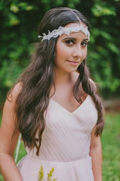 boho chic bridal looks #bohowedding http://www.weddingchicks.com/2013/12/03/enchanting-boho-chic-wedding/