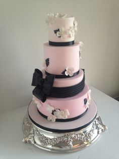 Pink wedding cake for a wedding at the races