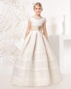 99c9c9d99 Las 20 mejores imágenes de vestidos | Communion dresses, First ...