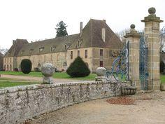 Château de Sully — les communs