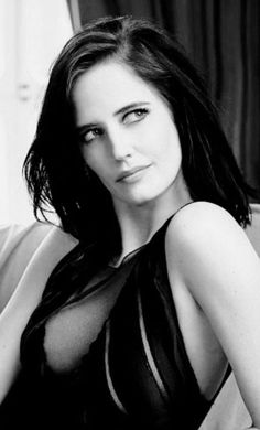 Sexy Eva GreenYou can find Eva green and more on our website. Black And White Portraits, Black And White Photography, Beautiful Celebrities, Beautiful Actresses, Beautiful Women Tumblr, Actress Eva Green, Green News, Bond Girls, French Actress