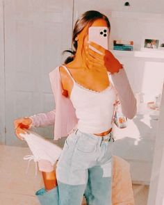 Edited by: alannahcartier_ Indie Outfits, Teen Fashion Outfits, Girly Outfits, Retro Outfits, Look Fashion, Outfits For Teens, Fashion Black, Retro Fashion, Korean Fashion