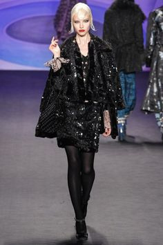 See the complete Anna Sui Fall 2014 Ready-to-Wear collection.