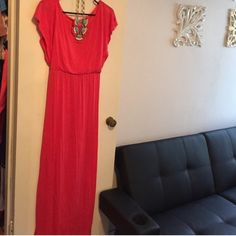"""Coral Knit Maxi Dress Thin summery knit material in beautiful coral.  Easy to wear without bra straps showing.  It is sized as a small, but fits like an XS.  Would also work best for someone 5'6"""" or under. L8teR Dresses Maxi"""