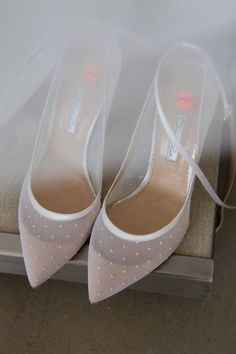 bridal shoes // sheer white wedding shoes with polka dots Pretty Shoes, Beautiful Shoes, Cute Shoes, Me Too Shoes, Zapatos Shoes, Shoes Heels, High Heels, Flat Shoes, Daily Shoes