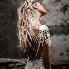 For a roaring twenties wedding theme our stunning Galia Lahav couture wedding dress is a stunning choice with its hand-beaded silhouette and unique sheer long sleeves made of crochet beaded lace and a vintage rose pattern. Boho Wedding Dress With Sleeves, Long Wedding Dresses, Cheap Wedding Dress, Bridal Dresses, Lace Wedding, Civil Wedding, Wedding Veils, Dress Lace, White Dress