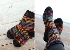 Autumn Socks - used black yarn with a color stripping yarn Wool Socks, Knitting Socks, Fun Socks, Designer Socks, Boot Cuffs, Handicraft, Mittens, Knitwear, Knitting Patterns