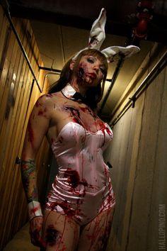 via fc00.deviantart.net    hey!  another zombie pinup