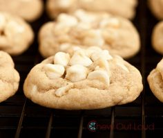 White Chocolate Chip Macadamia Nut Cookies Recipe - RecipeChart.com #Dessert #ILoveFood #Yummy