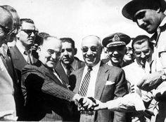Presidente Getúlio Vargas na inauguração da Petrobras