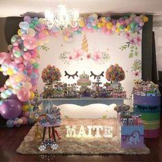 Festa do Unicórnio +de 200 Ideias para Sua Festa! Unicorn Themed Birthday Party, 11th Birthday, 1st Birthday Girls, Unicorn Party, 1st Birthday Parties, Balloon Decorations, Birthday Party Decorations, Unicorn Baby Shower, Baptism Party