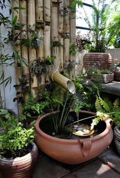 I really enjoy the use of bamboo in gardens. Here bamboo has been recycled for…
