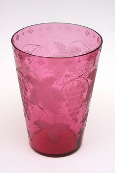 Large Pairpoint Etched Glass Vase