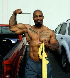CT Fletcher Single Biceps