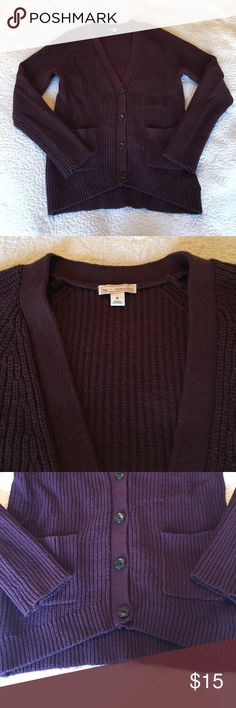 Gap Burgundy Knit Cardigan In used condition with some pilling. A super warm thick knit. Is a size M but also works for a small. Buttons up and has pockets in the front. GAP Sweaters Cardigans