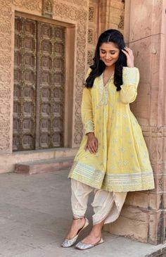 Punjabi Suits, Salwar Suits, Cute Actors, Patiala, Hollywood Actor, Suit Fashion, Frocks, Kurti, Actors & Actresses
