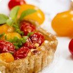 Mini+Galettes+com+queijo+de+cabra+e+tomatinhos
