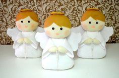 Anjinhos em feltro para Decoração de quarto de bebê ou batizado.  O valor se refere a uma unidade. R$ 45,00