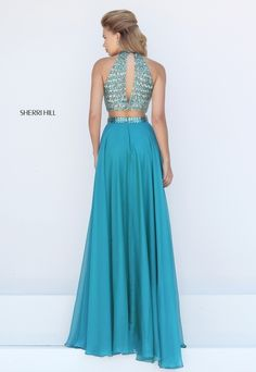 Sherri Hill dresses are designer gowns for television and film stars. Find out why her prom dresses and couture dresses are the choice of young Hollywood. Sherri Hill Prom Dresses, Prom Dresses 2016, Formal Dresses, Prom 2016, Blue Dresses, 2 Piece Prom Dress, Buy Dress, Prom Dress Couture, Crop Tops