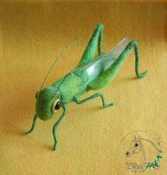 Кузнечик (тотемные животные) - зелёный,кузнечик,игрушка кузнечик,тотем