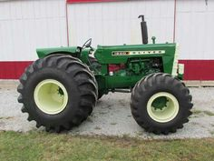 OLIVER 1800 Terra Tractor