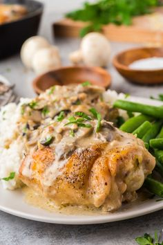 This Creamy Mushroom Chicken Thighs Skillet packs all the rich flavors of cream, mushroom, garlic and cheese resulting in a family favorite recipe that will come together within 40 minutes! via @familyfresh Creamy Mushroom Chicken, Creamy Mushrooms, Stuffed Mushrooms, Stuffed Peppers, Easy Family Meals, Quick Easy Meals, Yummy Chicken Recipes, Easy Recipes, My Favorite Food