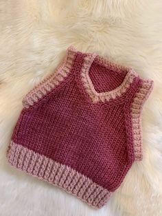 Crochet Art, Cute Crochet, Crochet Crafts, Crochet Projects, Crochet Clothes, Diy Clothes, Knitting Stitches, Knitting Patterns, Knit Vest Pattern