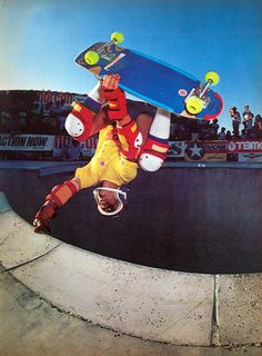 Old School Skateboards, Vintage Skateboards, New Skate, Skate Surf, Skateboard Pictures, Skateboard Art, Skate Photos, Skate Street, Skate And Destroy