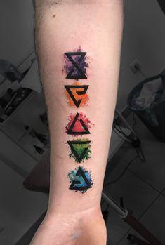 Resultado de imagem para tatuagem the witcher