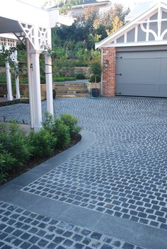 This excellent photo is an extremely inspiratio. - This excellent photo is an extremely inspirational and outstanding - Permeable Driveway, Driveway Landscaping, Outdoor Landscaping, Driveways, Driveway Ideas, Driveway Lighting, Driveway Entrance, Driveway Blocks, Cobblestone Driveway
