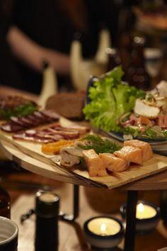 Viikinkiravintola Harald Viking Food, Vikings, Dairy, Restaurant, Cheese, The Vikings, Diner Restaurant, Restaurants, Dining