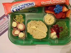 Balanced Monday Lunch in a Yumbox from Lunches Fit For a Kid