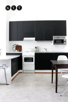 a diy black and white kitchen update.  by likainen parketti.