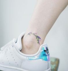 Beautiful floral ankle piece by Sol Art