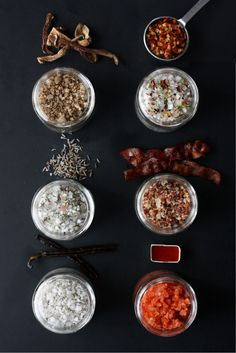 Step Aside, Garlic Salt . Sriracha and his buddies are here, and they're waking up tastebuds around town. Loved by food enthusiasts all around the world, these finishing salts add a pop of flavor to everything they touch. In this post I'm sharing six Homemade Food Gifts, Homemade Spices, Homemade Seasonings, Edible Gifts, Diy Food, No Salt Recipes, Cooking Recipes, Snacks Recipes, Gourmet Salt