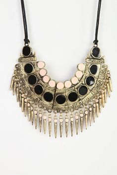 Spiked Bib Necklace - 25 Fall Accessories Styling Tips for Day or Night